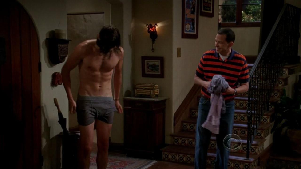 charlie-sheen-naked-porn