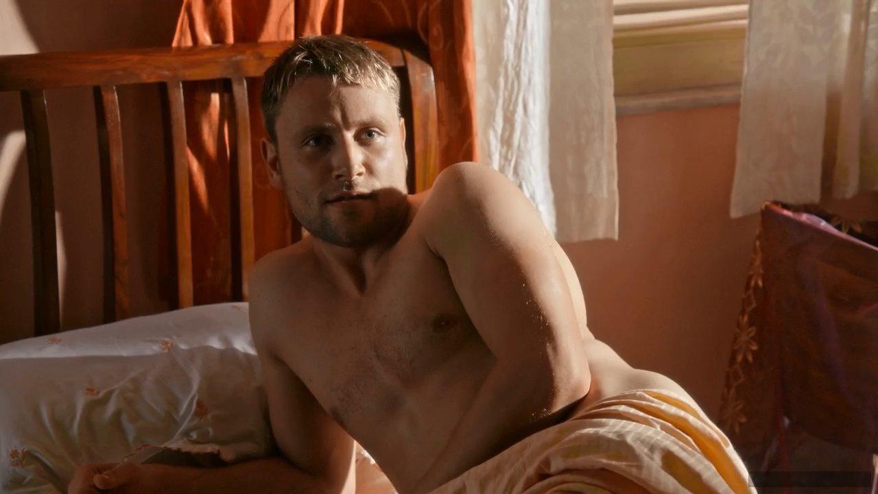 Max Riemelt leaked nude