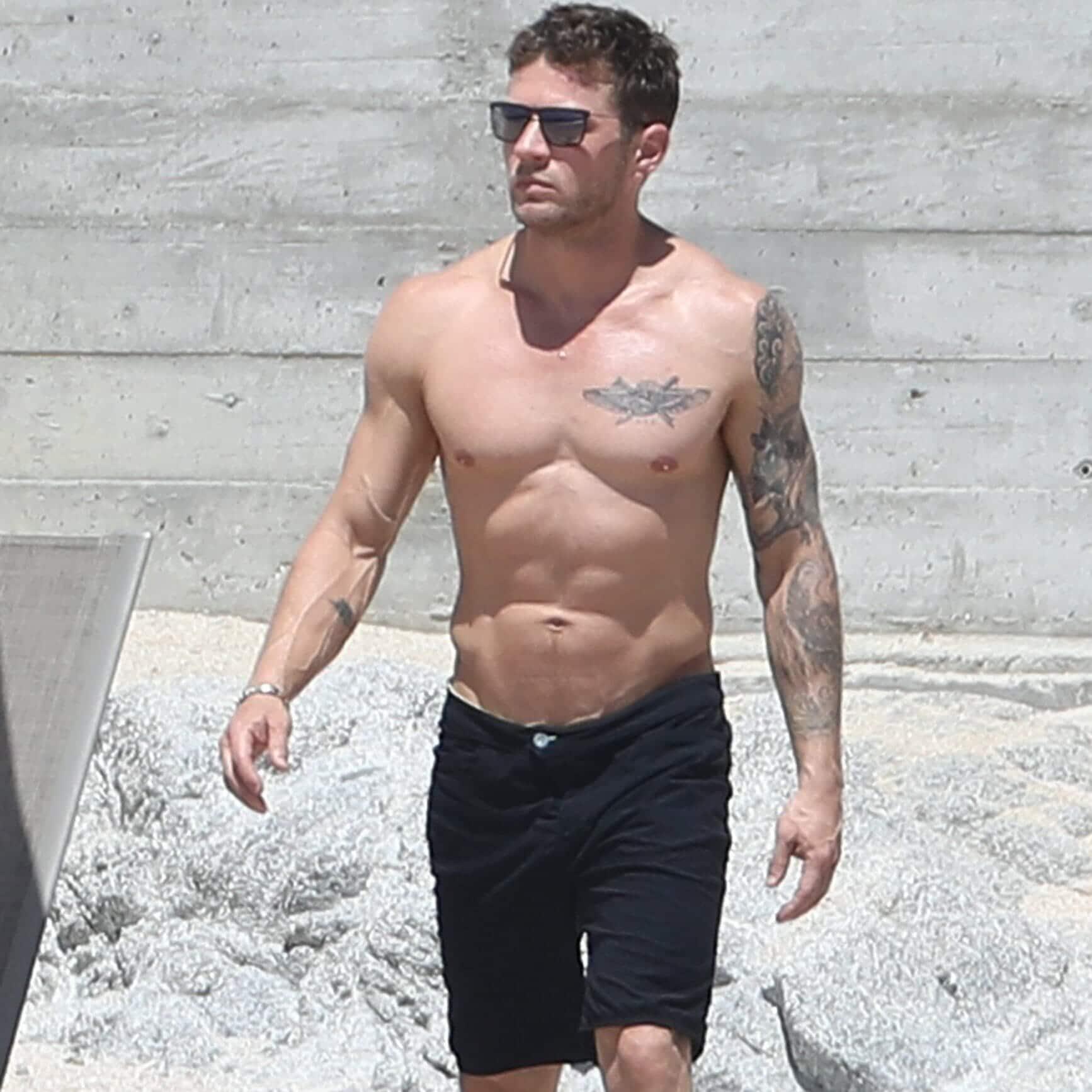 Ryan Phillippe naked shirtless pics (8)