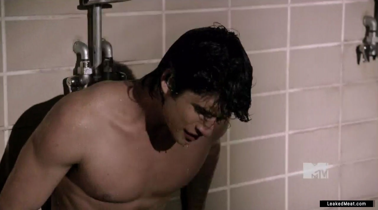 Tyler Posey porno picture