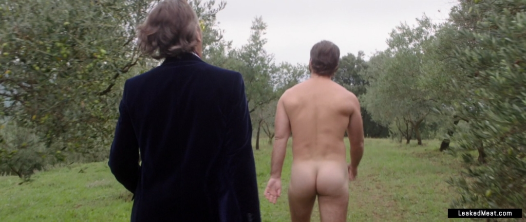 Jude Law uncensored nude pic