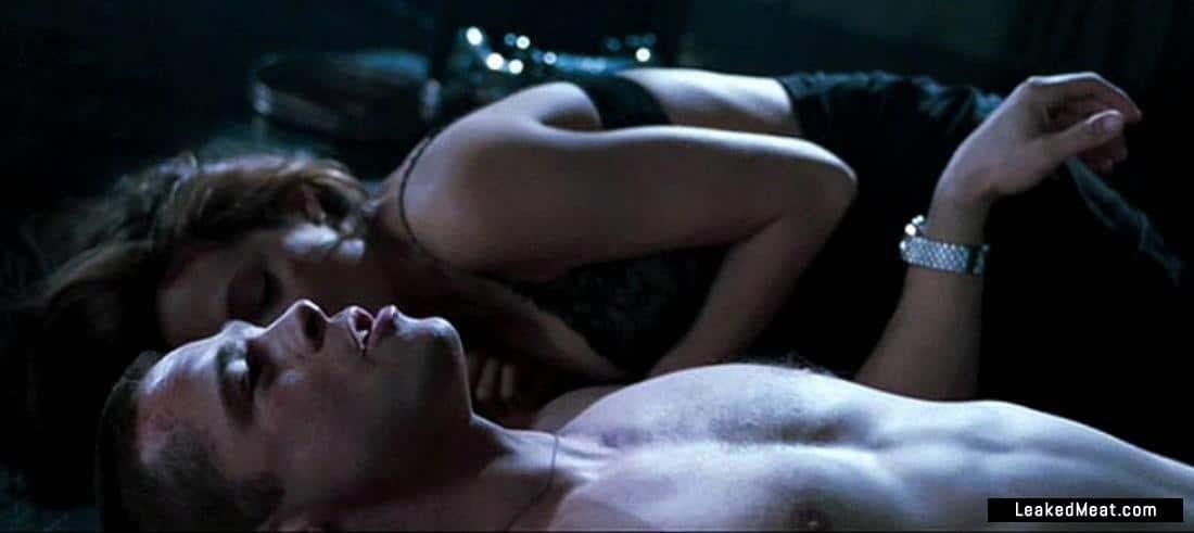 Brad Pitt sexy naked