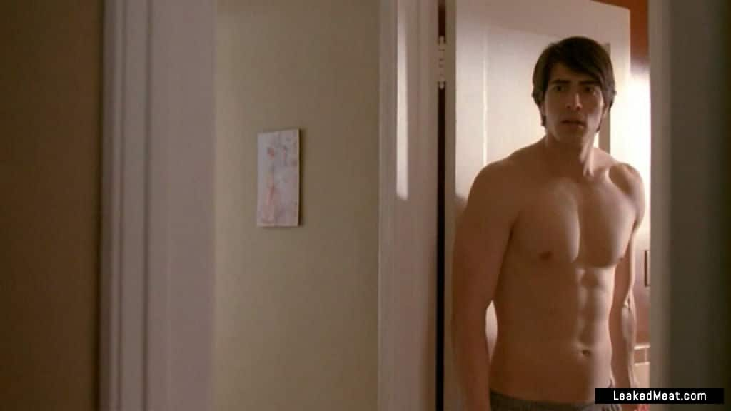 Brandon Routh butt