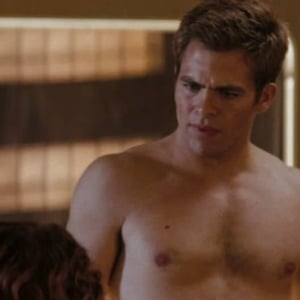 Chris Pine hot