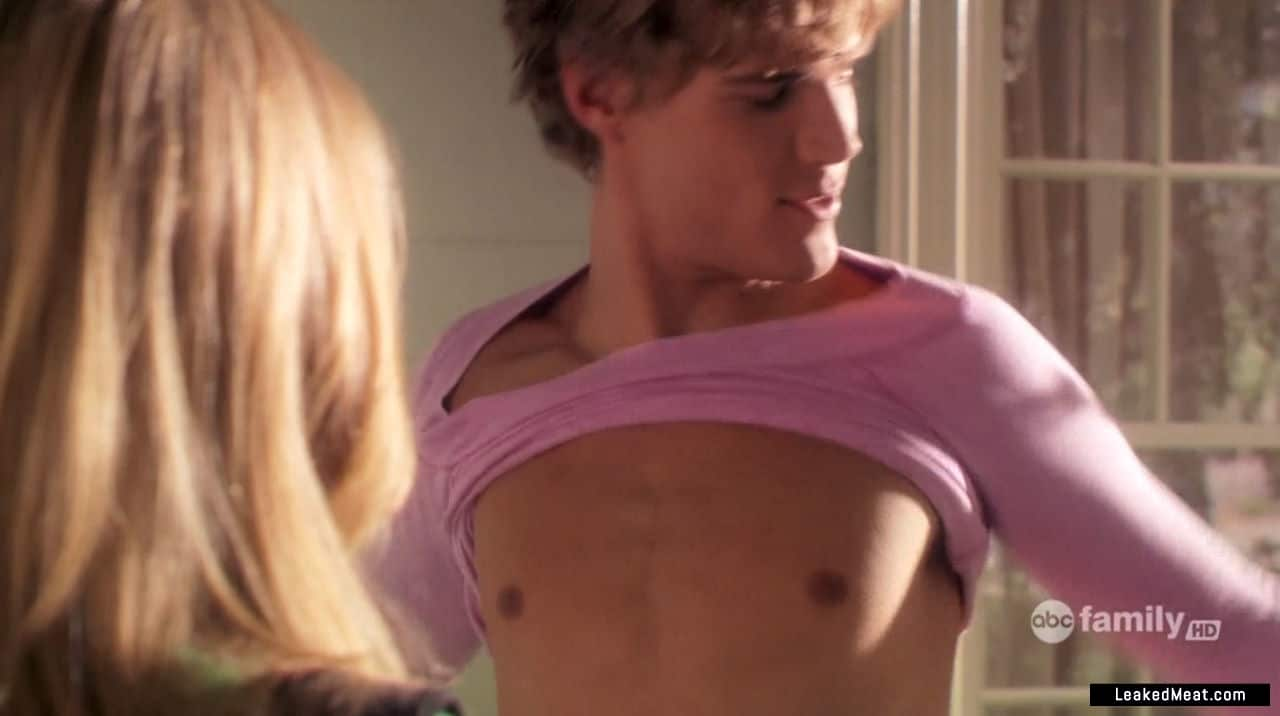 Chris Zylka dick slip
