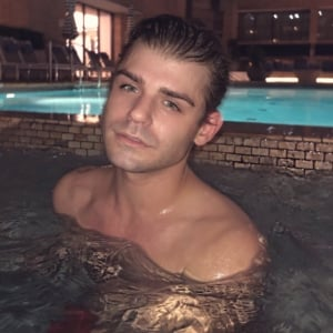 Garrett Clayton Nude & Uncensored Videos!