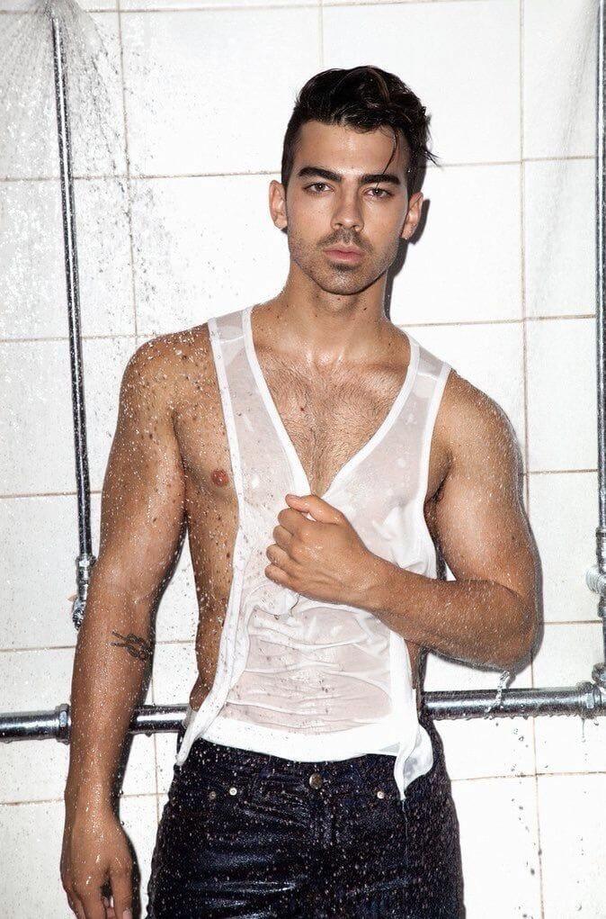 Joe Jonas hot body