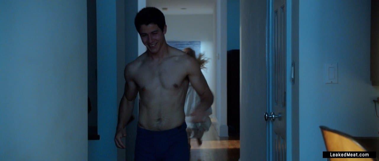 Nick Jonas shirtless picture