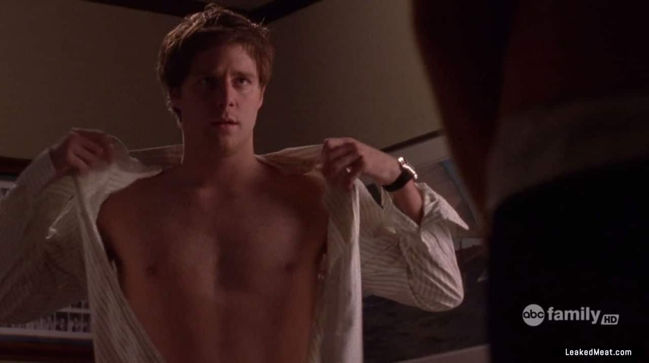 Jake McDorman naked body