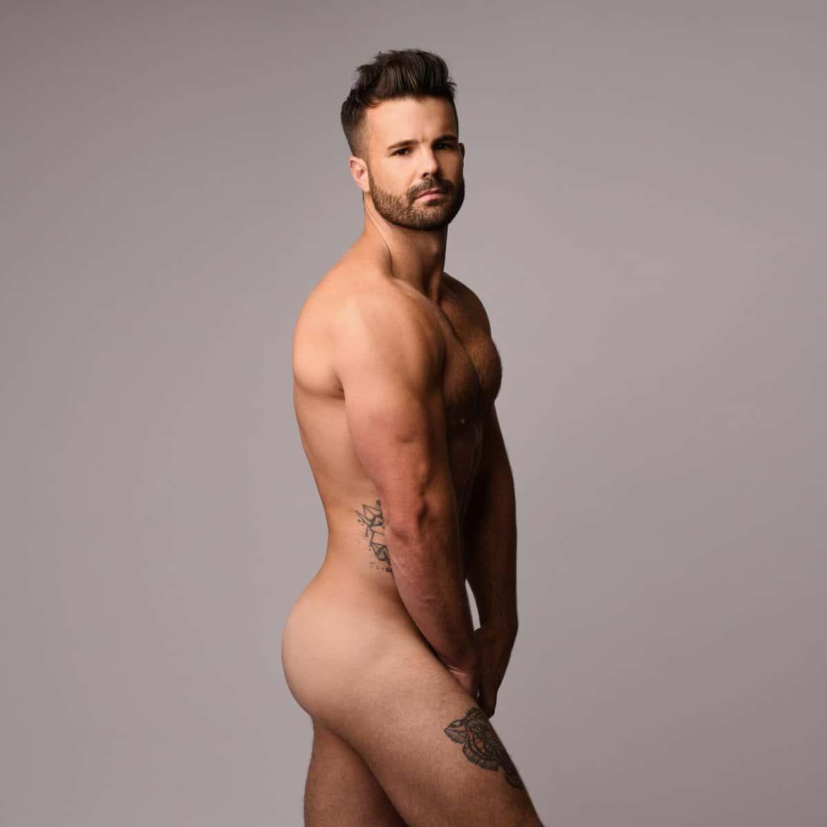 Simon Dunn gay hunk