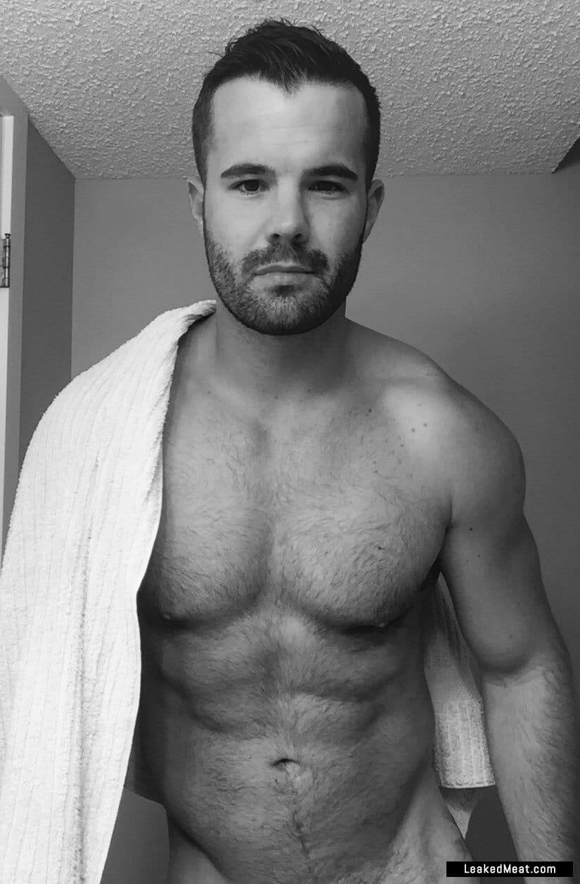 Simon Dunn porno picture