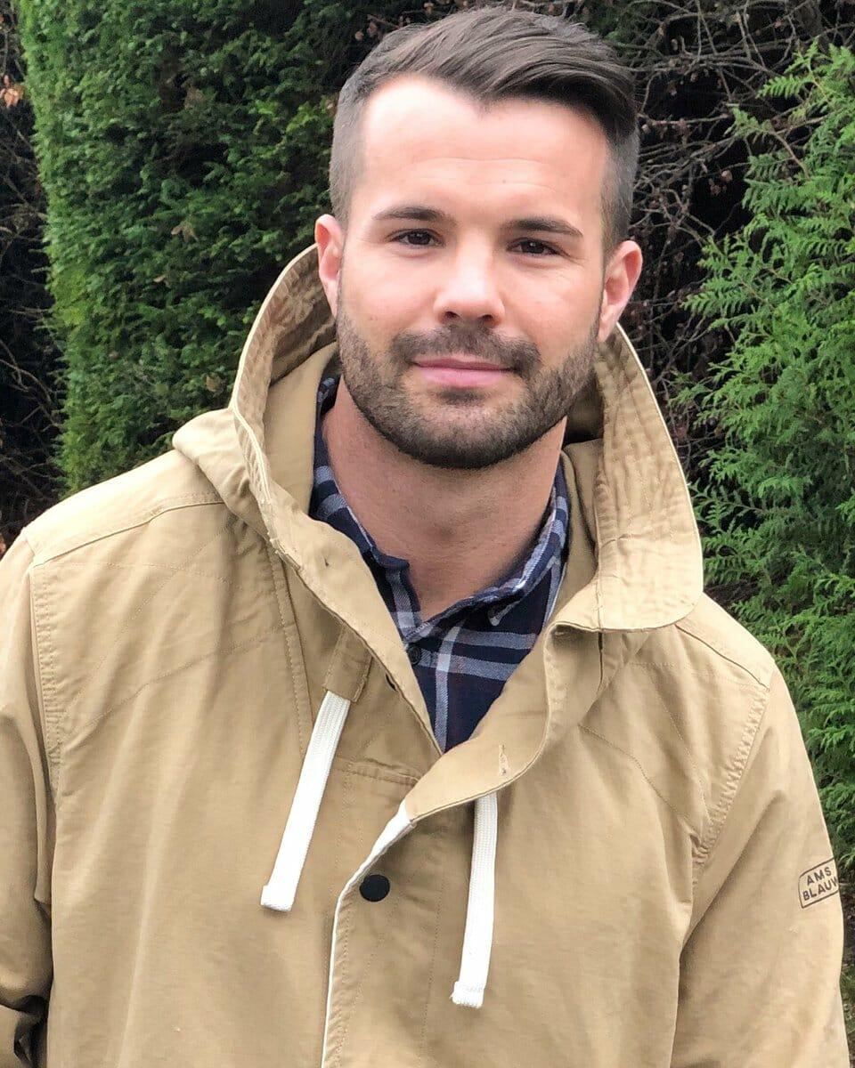 Simon Dunn sexy