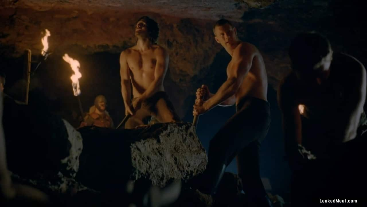 Tom Hopper porno picture