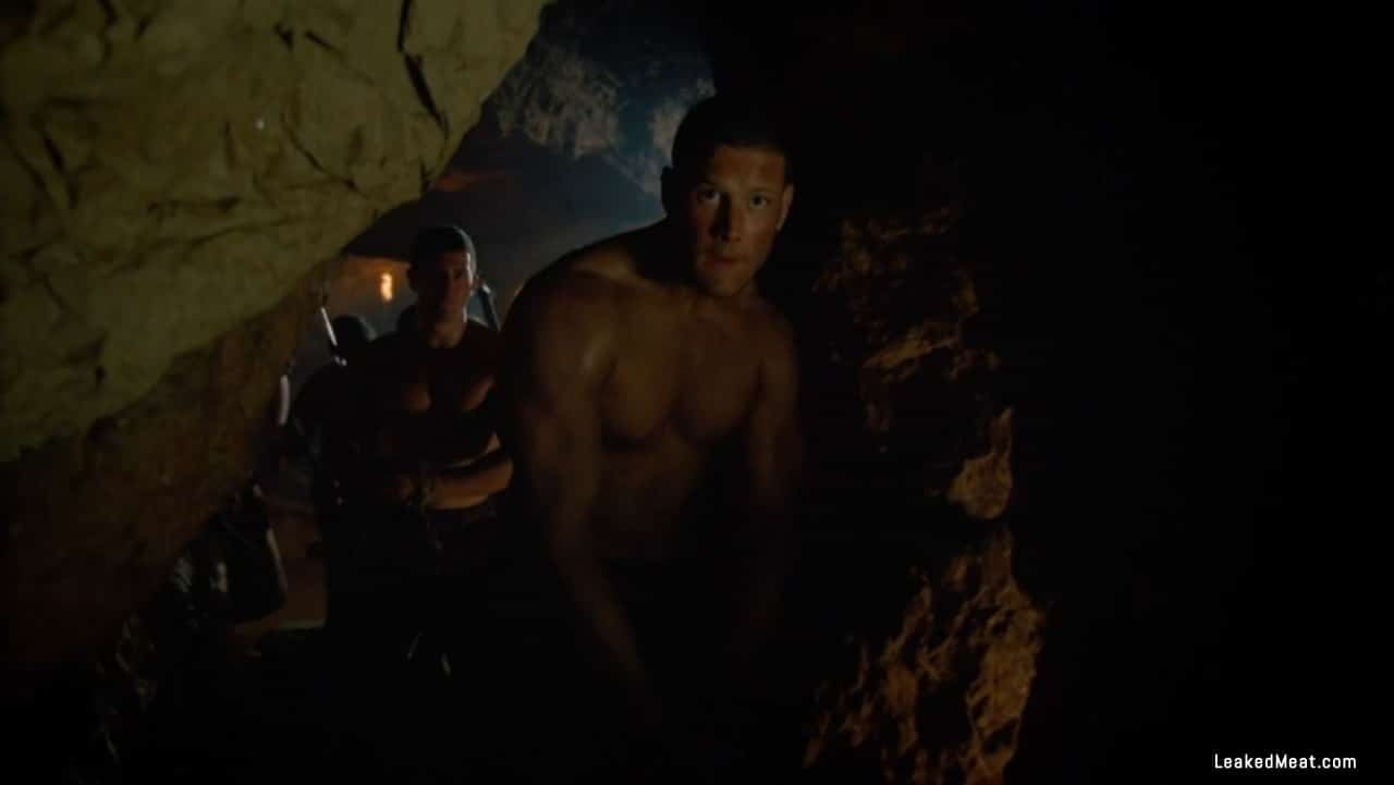 Tom Hopper shirtless picture