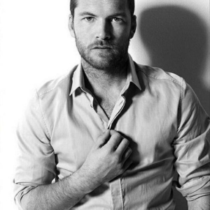 Sam Worthington nice muscles