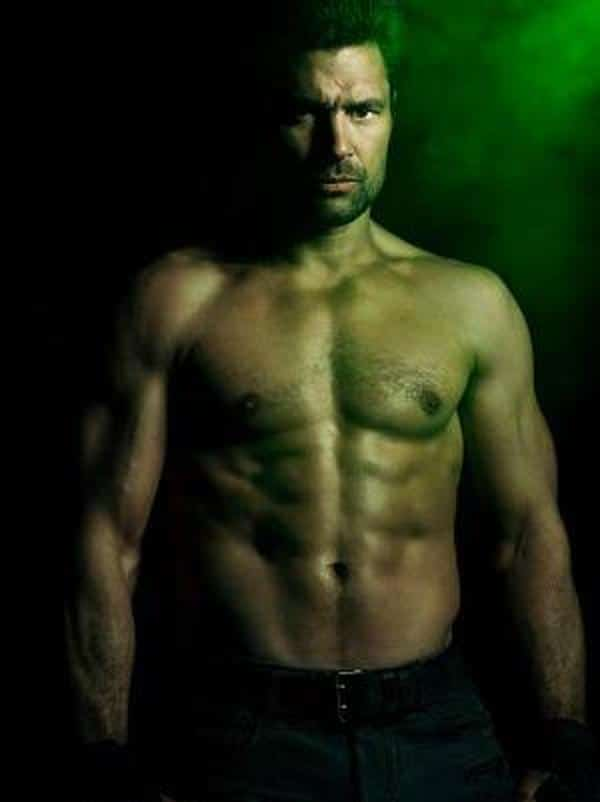 Colin Donnell stud