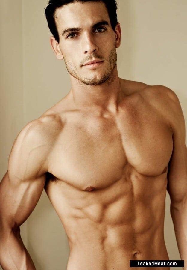 Josh Kloss shirtless pic