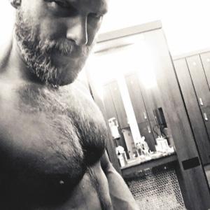 Greg Vaughan Nude Scenes & Sexy NSFW Pics, Vids