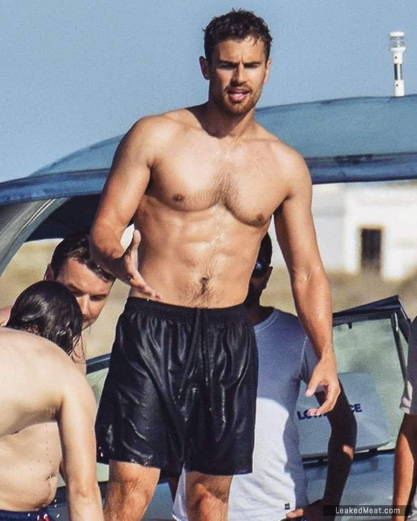Theo James big bulge