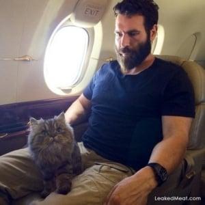 Dan Bilzerian and kitty cat