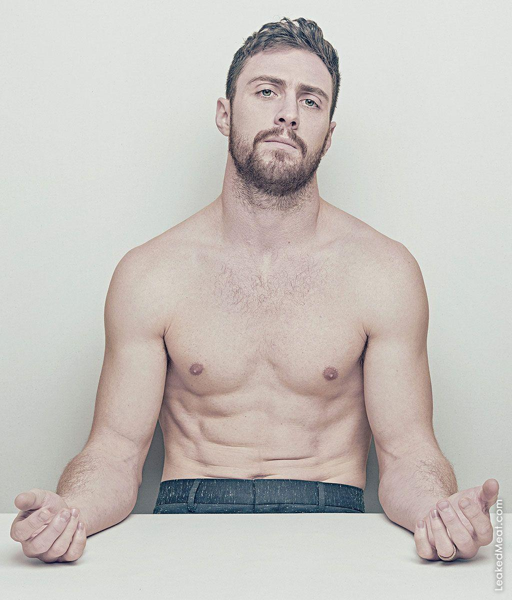 Aaron Taylor-Johnson | LeakedMeat 3