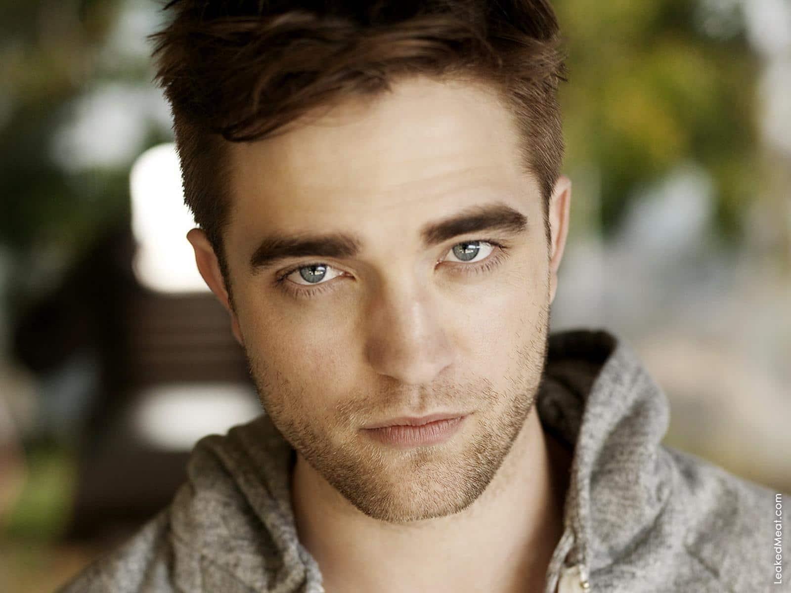 Robert Pattinson | LeakedMeat 13