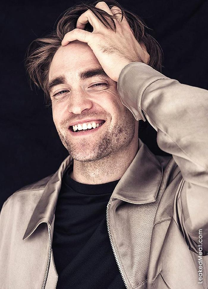 Robert Pattinson | LeakedMeat 17