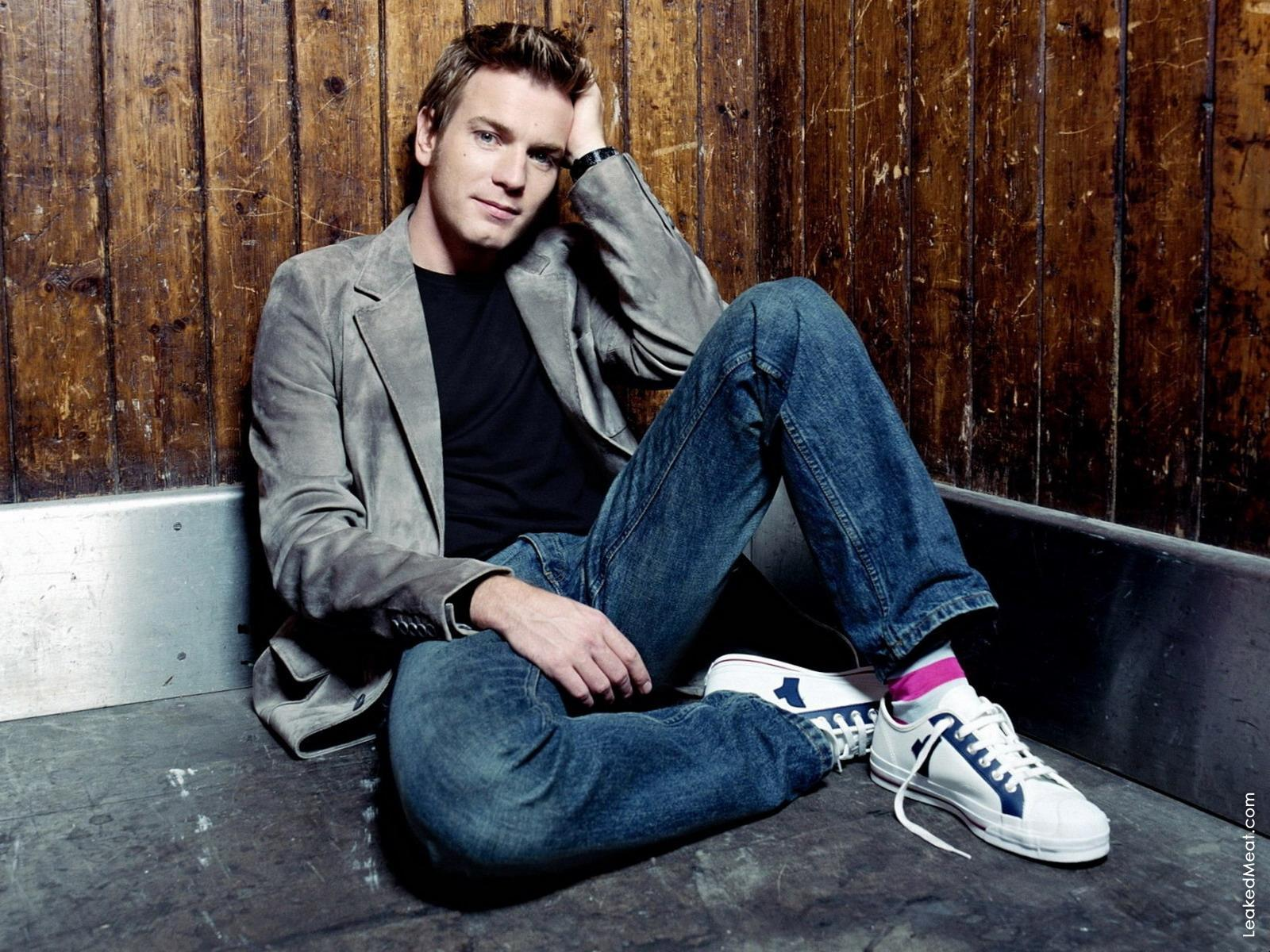 Ewan McGregor | LeakedMeat 13